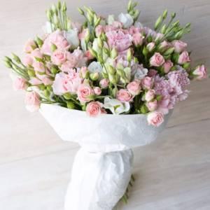 Сборный букет кустовая роза и эустома R1103