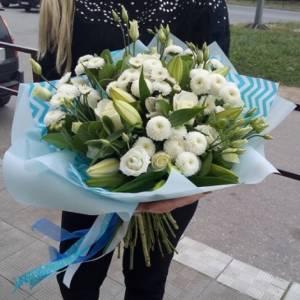 Сборный букет лилии с эустомой и хризантемой R1506